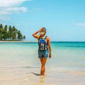 Hollidays 🌺☀️ Merci @travelingwithisa pour cette merveilleuse photo, on aimerait y être aussi 😍 #backpack #tropical #sacetanche #lifestyle #summer #holliday